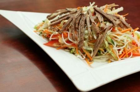салат з яловичини