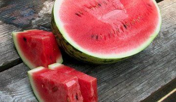 Урожай стиглих кавунів, nutritionmythbusters.blogspot.com