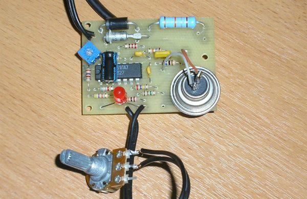 Один з варіантів збірки регулятора температури