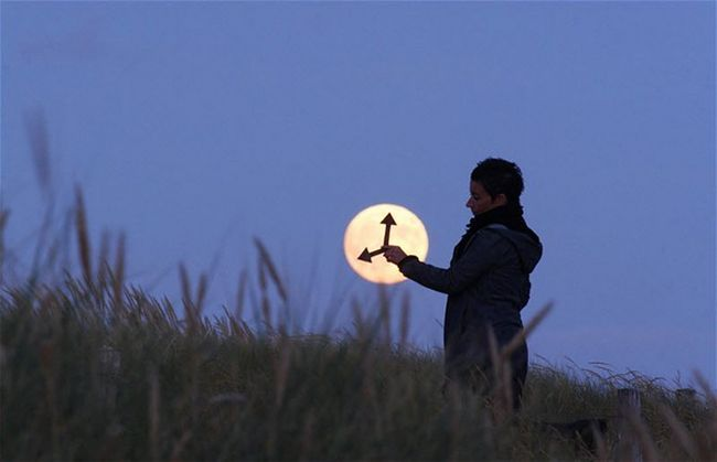 Ігри з Місяцем