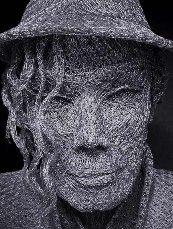 Іван Ловатт і його скульптури з дроту