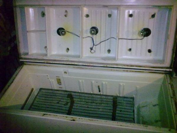 Приклад горизонтального інкубатора з холодильника