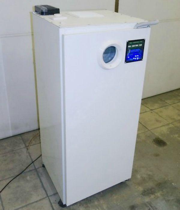 Зовнішній вигляд інкубатора з холодильника