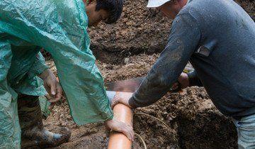 Фото процесу підготовки до прокладання труб, yandex.ru