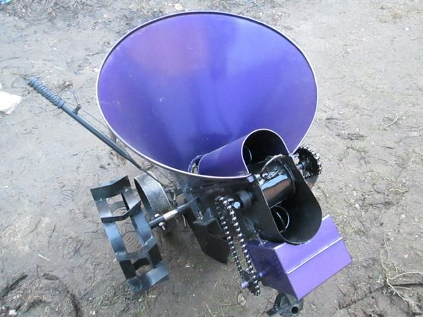 Картоплесаджалка для мотоблока, як вибарть