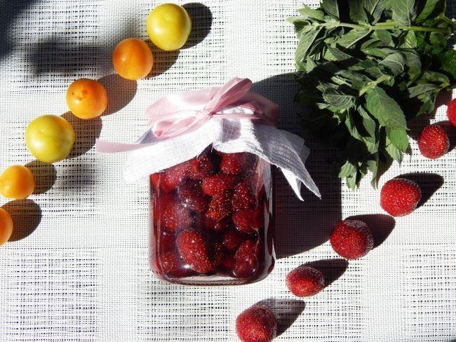 Варення з полуниці у власному соку