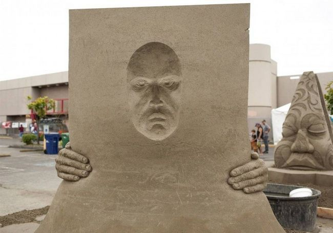 Конкурс піщаних скульптур