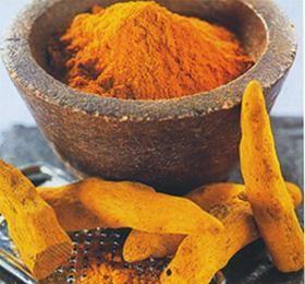 Поліфенол куркумін, що входить до складу кореня куркуми і надає їй жовтий колір, може руйнувати ракові клітини в стравоході.
