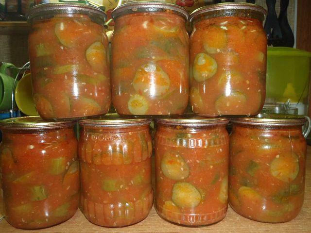 Огірки в томатному соусі на зиму