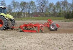 Обробка грунту під озиму пшеницю