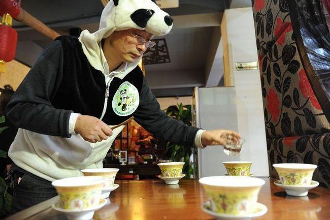 Панда-чай - найдорожчий в світі чай на ведмежому гної
