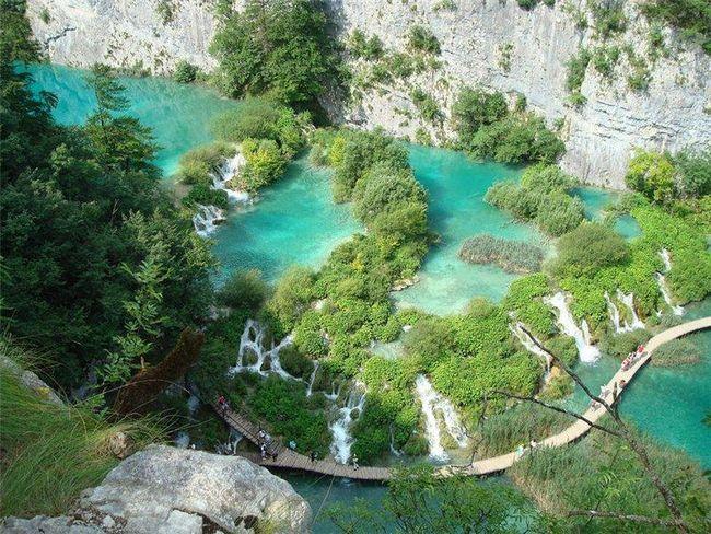 Парк Плитвицкие озера в Хорватії