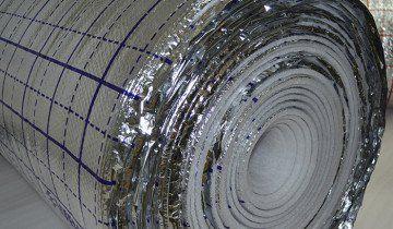 на фото рулон металізованої плівки sanpol.ua