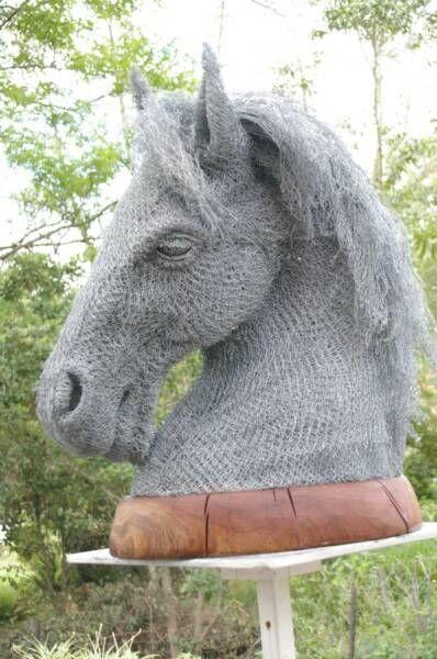Скульптури з дроту від Івана Ловатта