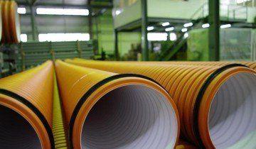 На фото гофрована труба для каналізації, vashdom.ru