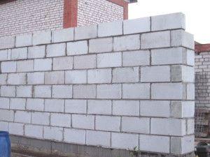 Фото стіни з піноблоків