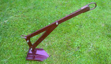 Фотографія сапи зробленої з лопати, d-cd.net