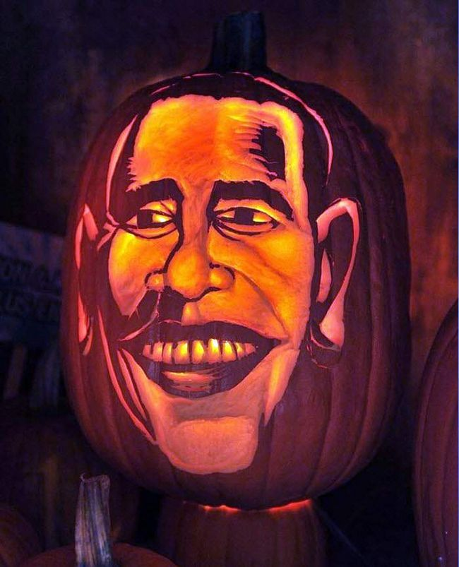 Гарбуз з карикатурним зображенням Барака Обами на ярмарку на вулицях Манхеттена 23 жовтня. (Henry S. Dziekan III, Getty Images)