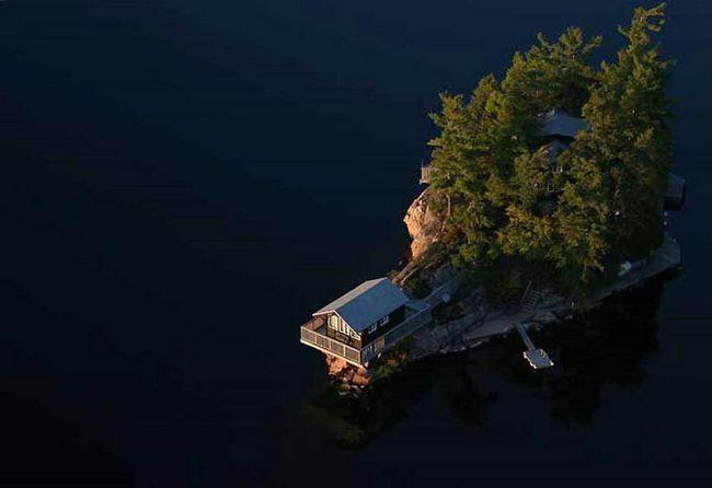 Тисяча островів (англ. Thousand Islands)