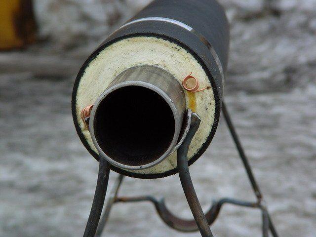 На зображенні показаний спосіб утеплення зовнішнього водопроводу