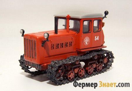 Ветеран вітчизняного машинобудування дт-54
